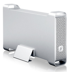 Macally USB 2.0 / FireWire 400 / eSata enclosure